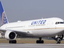 United Airlines reveals 270-jet Boeing and Airbus order, its biggest ever