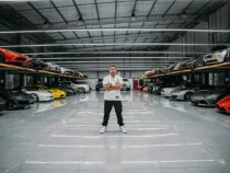 Renting luxury cars business rakes in a lot of money, says Rakhmat KarimovRenting luxury cars business rakes in a lot of money, says Rakhmat Karimov.